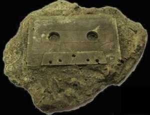 a.aaa-an-ancient-audio-cassette.jpg